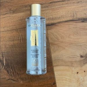NWOT Skin & Co Truffle Therapy Toner